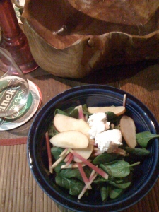 Spinach salad with apple, watermelon radish and goat cheese